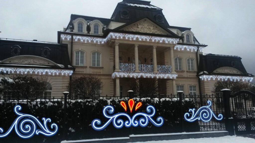 новогоднее оформление загородного дома