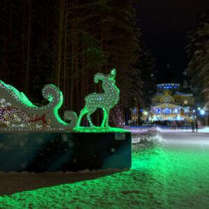 Новогодние светящиеся «Сани Деда Мороза»